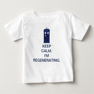平静を保って下さい。 私は再生しています ベビーTシャツ