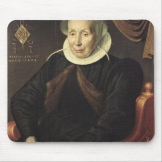年配の女性のポートレート、1603年 マウスパッド