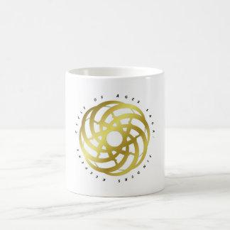 年齢の冒険談の周期: 容器(金ゴールド色のロゴ) コーヒーマグカップ