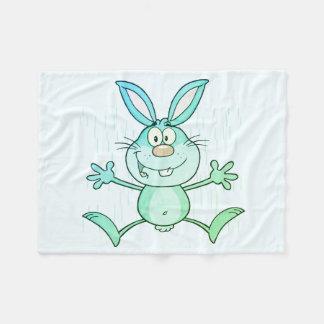 幸せでかわいいバニーウサギのグラフィック フリースブランケット
