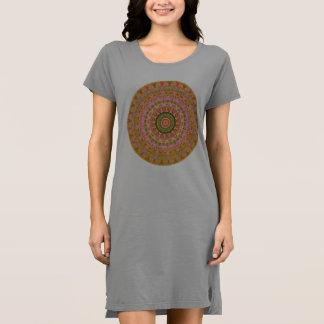 幸せで腰回りが大きな曼荼羅 ドレス