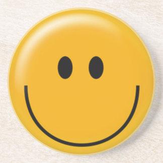 幸せで黄色いスマイリーフェイス コースター