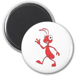 幸せで、フレンドリーな蟻の歩く マグネット