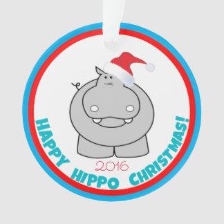 幸せなカバのクリスマス: 愛らしい休日の記念品 オーナメント