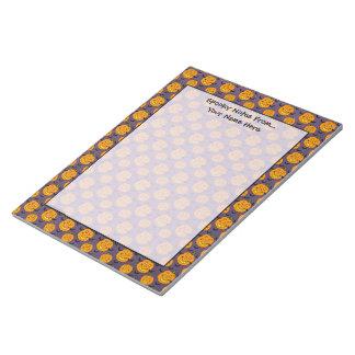 幸せなジャックoランタンおよびこうもり ノートパッド