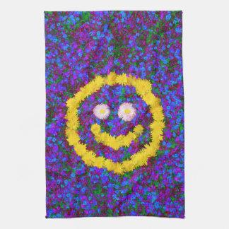幸せなスマイリーフェイスのタンポポの花 キッチンタオル