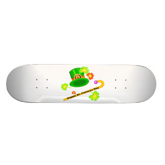 幸せなセントパトリックの日の帽子及び杖のコラージュ スケートボード