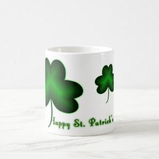 幸せなセントパトリックの日! コーヒーマグカップ