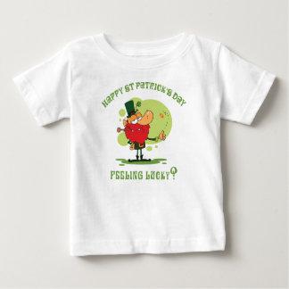 幸せなセントパトリックの日 ベビーTシャツ