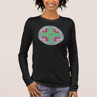 幸せなハートの曼荼羅のTシャツ 長袖Tシャツ