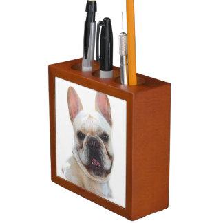 幸せなフレンチ・ブルドッグ犬 ペンスタンド