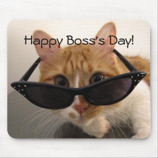 幸せな主任の日-サングラスのマウスパッドの涼しい猫 マウスパッド