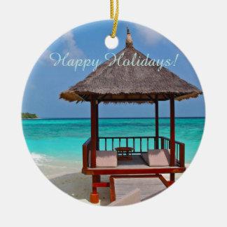 幸せな休日の美しいモルディブの島 セラミックオーナメント