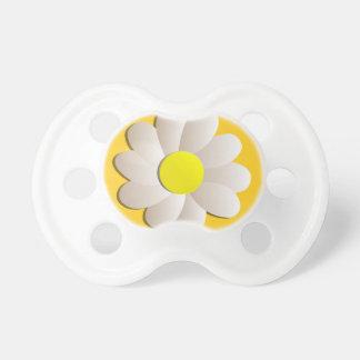 幸せな春時間デイジーの黄色のみずみずしい花 おしゃぶり