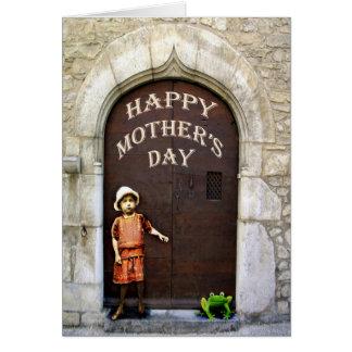 幸せな母の日、小さな女の子および緑カエル カード