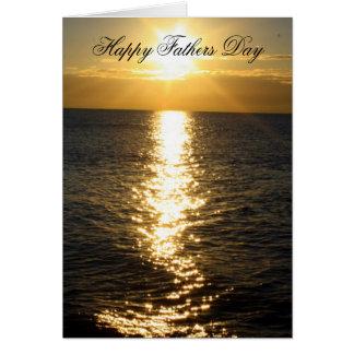 幸せな父の日のビーチの日の出カード カード