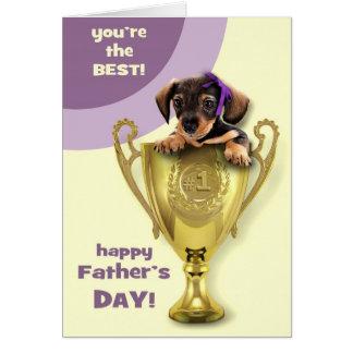 幸せな父の日。 おもしろいな子犬カード カード