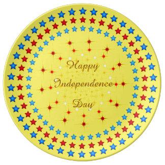 幸せな独立記念日の装飾的な磁器皿 磁器プレート