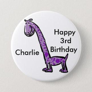 幸せな第3誕生日の漫画の(一流の)恐竜の紫色 7.6CM 丸型バッジ