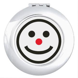 幸せな顔の化粧用鏡
