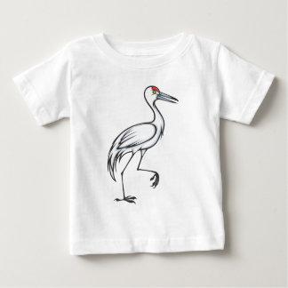 幸せなSandhillクレーン鳥 ベビーTシャツ