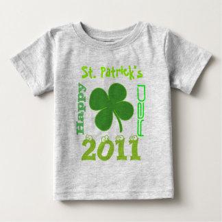 幸せ、セントパトリックの日2011年 ベビーTシャツ