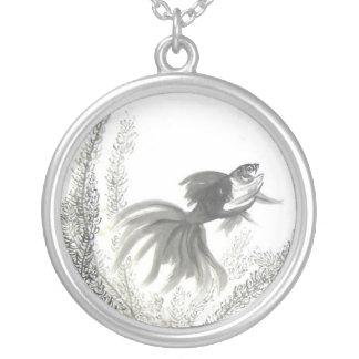 幸運で中国のな金魚のブラシの芸術のネックレス シルバープレートネックレス
