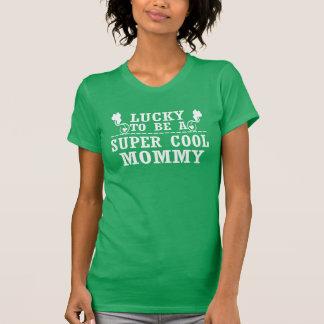 幸運極度のクールなお母さんがあるため Tシャツ