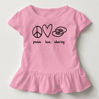 幼児のひだのティーを共有する平和愛 トドラーTシャツ