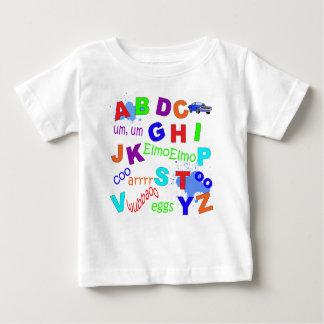 幼児のアルファベットの男の子版 ベビーTシャツ