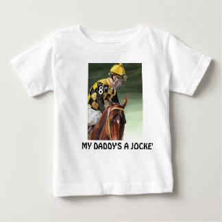 """幼児クリーパー、""""私のお父さんジョッキー"""" ベビーTシャツ"""