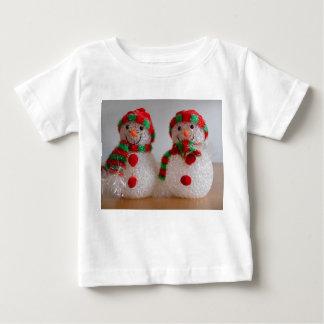 幼児Tシャツ-クリスマスの雪だるま ベビーTシャツ
