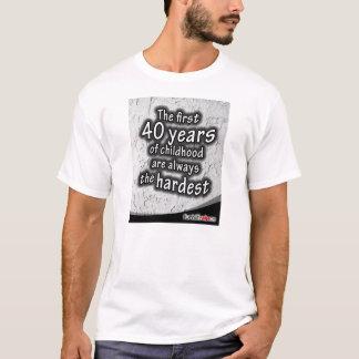 幼年期の最初40年 Tシャツ