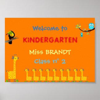 幼稚園のクラス、教室の印及び先生 ポスター