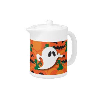 幽霊のよく出るなハロウィンのカボチャパッチの幽霊