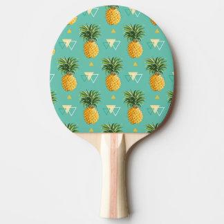 幾何学的なパターンの明るいパイナップル 卓球ラケット