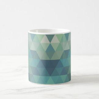 幾何学的な三角形-淡水 コーヒーマグカップ