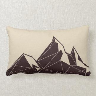 幾何学的な森林動物|山の装飾用クッション ランバークッション