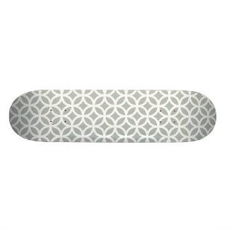 幾何学的な銀製灰色 21.6CM オールドスクールスケートボードデッキ
