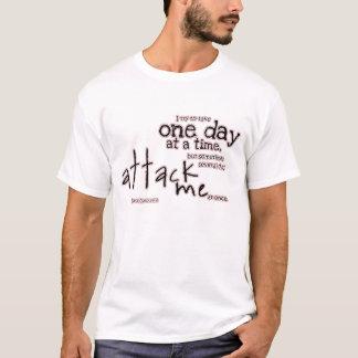 幾日の攻撃 Tシャツ