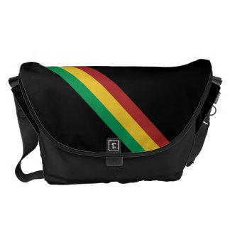 広いラスタはメッセンジャーバッグを縞で飾ります メッセンジャーバッグ
