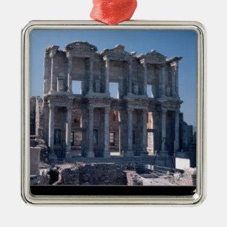 広告135で造られるCelsusの図書館 シルバーカラー正方形オーナメント