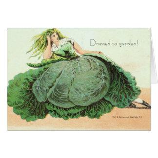 庭に服を着せられる!  Owlsroost カード