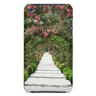 庭のばら色のアーチ Case-Mate iPod TOUCH ケース