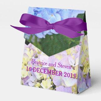 庭のアジサイの開花の結婚式の引き出物箱 フェイバーボックス