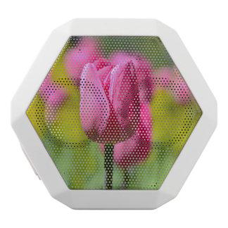 庭のピンクのチューリップ ホワイトBluetoothスピーカー