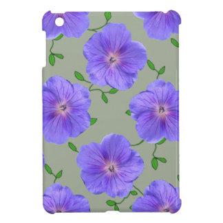 庭の色の青いゼラニウムの花 iPad MINIケース