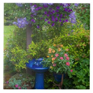 庭は私達の庭Sammamish、2で設計します タイル