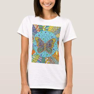 庭|のTシャツの蝶 Tシャツ