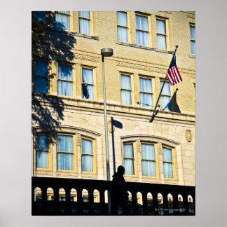 建物から、サン・アントニオつるす、旗 ポスター